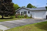 1028 N 7th Pl, Sturgeon Bay, WI 54235