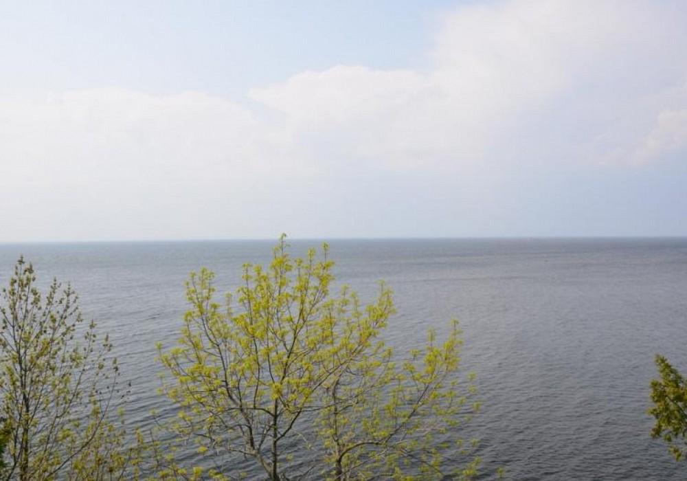 9474 Debroux Ct, Sturgeon Bay, WI 54235