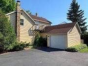 332 Pennsylvania St, Sturgeon Bay, WI 54235